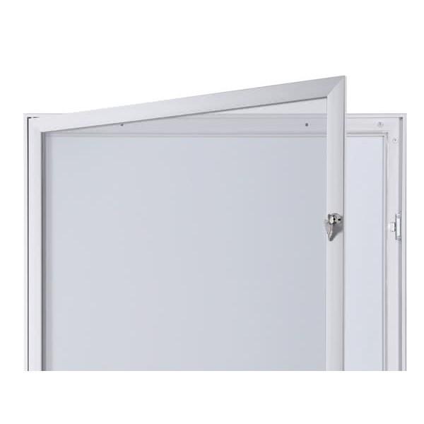Schaukasten FLAT BT23 Indoor Outdoor Detail Offen 1